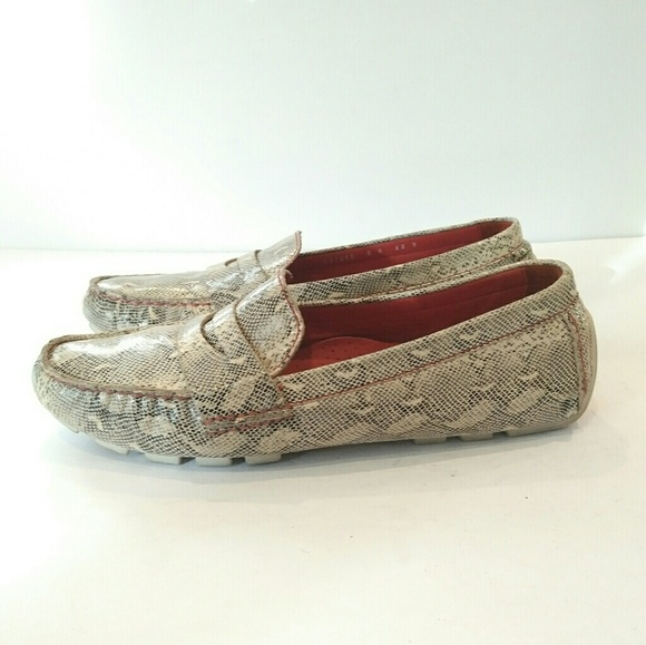 a7bdc5ca0e4 Cole Haan Women's Shoes Size 8 snakeskin loafers